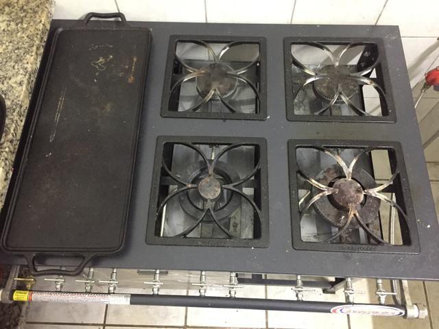 Fogão industrial itajobi 6 bocas com forno e chapa - Foto 4