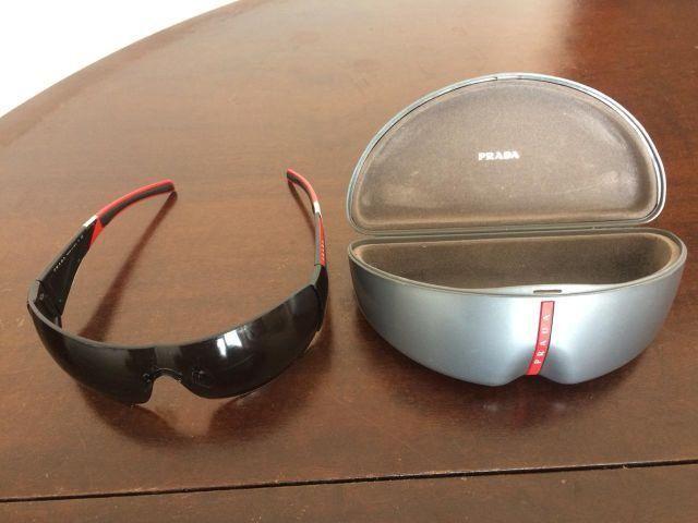 Óculos de sol Prada Linea Rossa - Bijouterias, relógios e acessórios ... a5402dc5e1