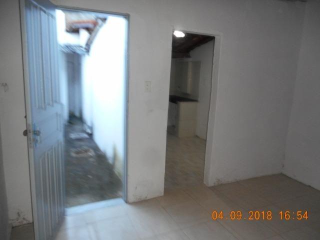 Casa na travessa iguaçu bairro 18 do forte - Foto 9