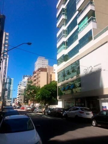 AP2159 Ótimo apartamento,03 suítes,mobiliado,localizado em Meia Praia - Foto 15