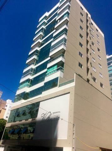 AP2159 Ótimo apartamento,03 suítes,mobiliado,localizado em Meia Praia