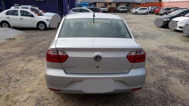 Volkswagen Voyage 1.6 MSI Flex 8V 4p - Prata - Foto 4