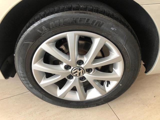 VW Jetta 2.0 - Foto 12