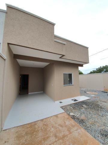 Casa de 3 Quartos- Lote de 275 M² - Bairro das Indústrias - Centro de Senador Canedo - Foto 2