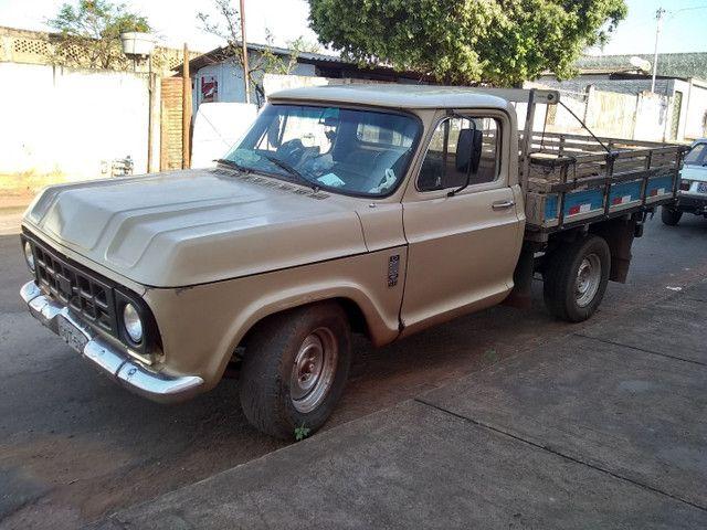 Vendo ou troco caminhonete d10 por uma strada - Foto 3