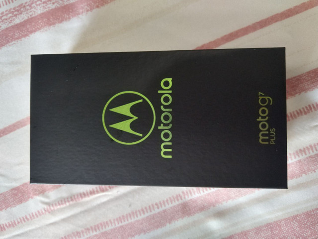Smartphone Motorola G7 Plus de 64 GB de memoria