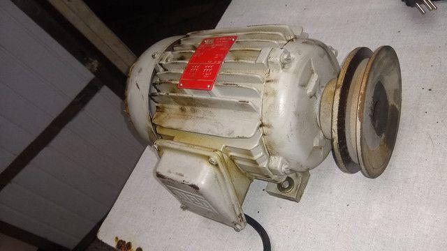 Motor Trifásico 3cv 1710 rpm Weg - Foto 2