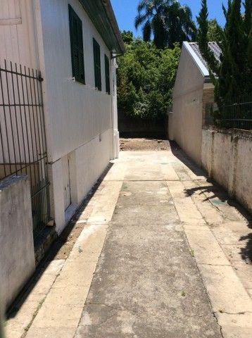 CASA MISTA  TERRENO 17x 27 esquina - Foto 2