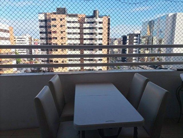 Apartamento para venda possui 140 metros quadrados com 3 quartos em Ponta Verde - Maceió - - Foto 2