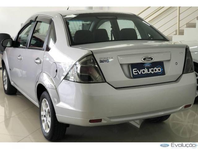 Ford Fiesta Sedan Sed. 1.6 8V Flex 4p - Foto 4