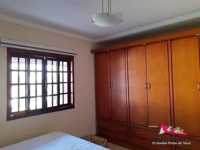 Casa a venda, 3 dormitórios pertinho da Rua 1 - Foto 9