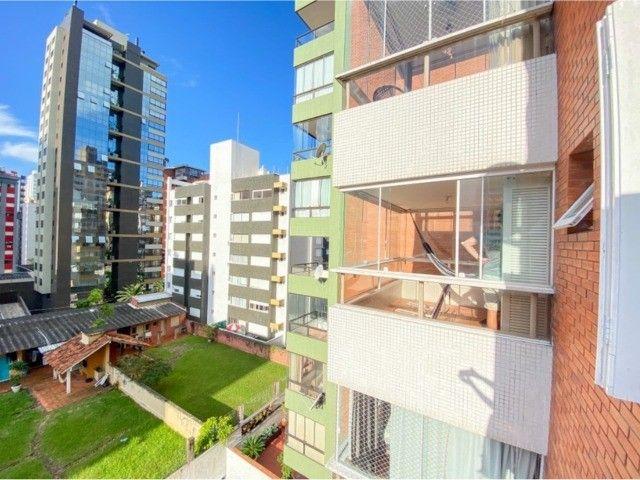 Lindo Apartamento Mobiliado junto as 4 Praças em Torres, 400mts do Mar. - Foto 18