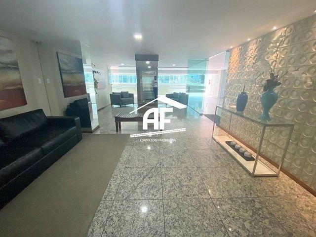Apartamento com varanda com vista permanente para o mar - Localizado na Ponta Verde - Foto 12