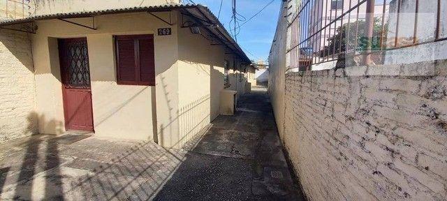 Casa com 1 dormitório para alugar, 40 m² por R$ 670,00/mês - Centro - Pelotas/RS