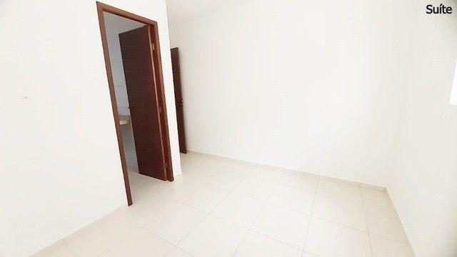 Apto c/ 03 quartos c/ elevador e área de lazer próximo à Unipê - Foto 11