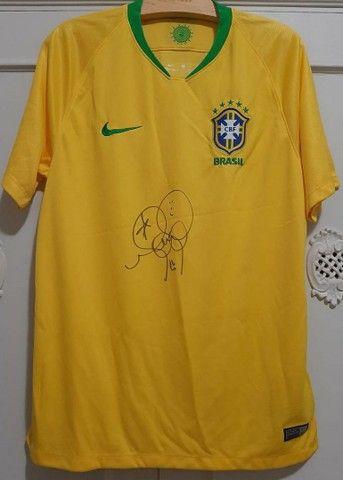 Camisa seleção brasileira autografada. - Foto 4
