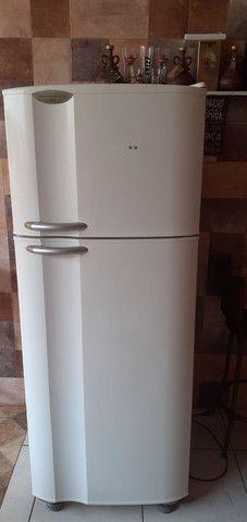 geladeira air flow system dc 45 Electrolux             1200 reais aceito propostas - Foto 5