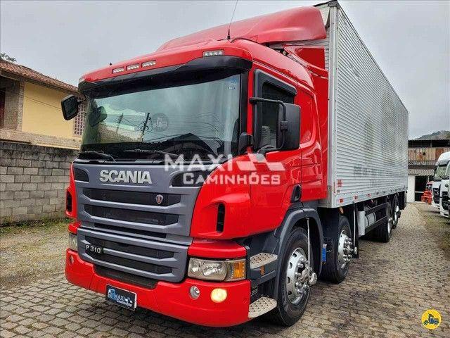 Scania P-310 2015 8x2 Baú  - Foto 4