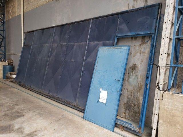Vendo portão usado de Aço  - Foto 4