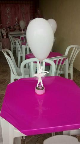 Aluguel de mesas e cadeiras à partir de R$10