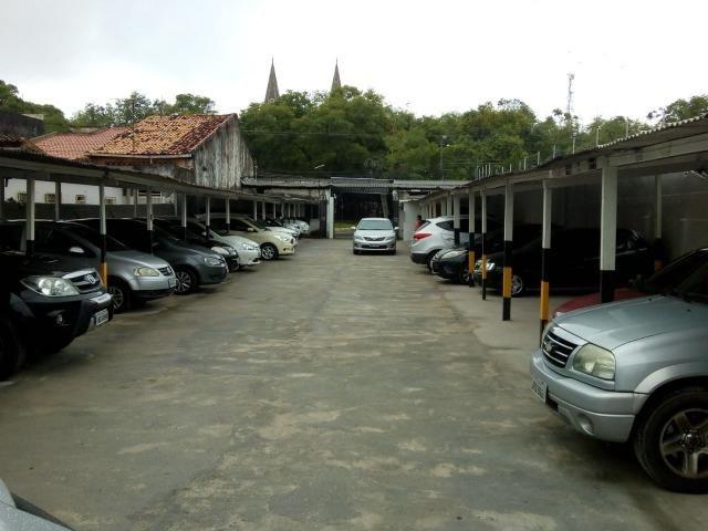 CÓD.:000-945 Estacionamento c/3 lojas,no Centro da Cidade,na Catedral por R$ 1,7