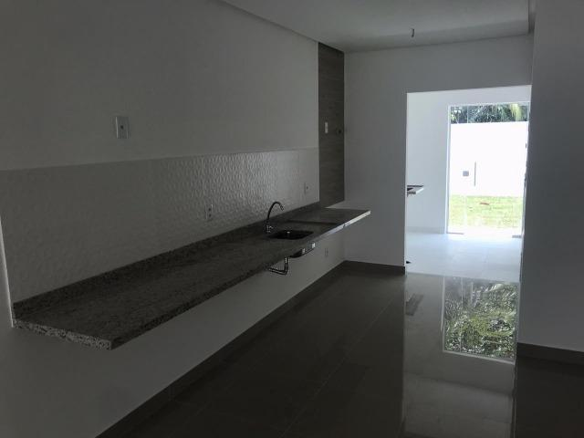 Vendo Linda casa na Villa Suíça com 03 Quartos e 2 Suítes - Foto 2