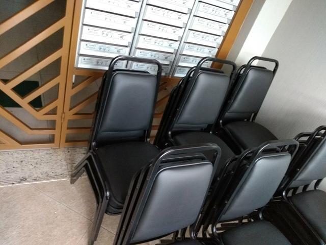 Cadeiras de auditório/formatura e equipamentos - Foto 2
