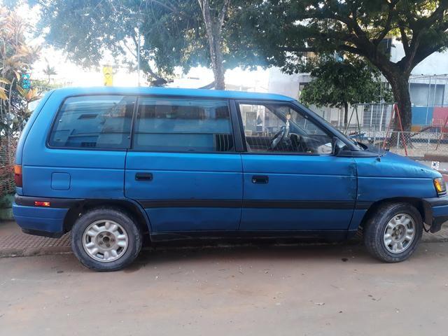 Vendo minivan MAZDA MPV 7 lugares - Foto 2