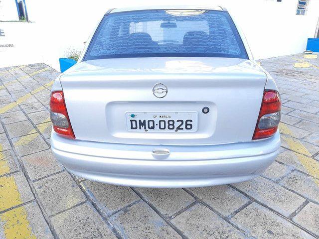 Corsa Sedan 2005 Àlcool - Foto 3