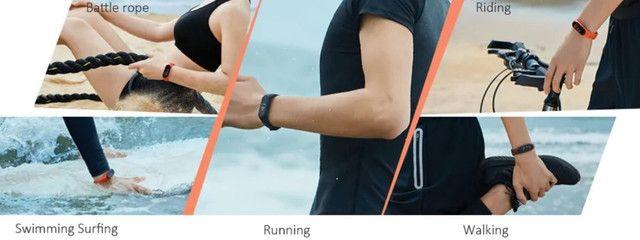 Smartwatch Xiaomi Mi Band 4 Relógio Inteligente Versão Globa - Foto 3