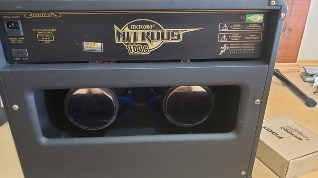 Amplificador Meteoro Nitrous 100 com falantes Voghan (venda/troca) - Foto 5