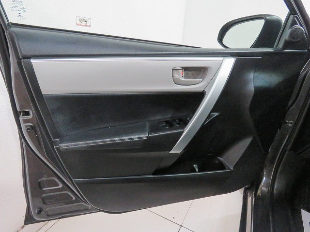 Toyota Corolla 1.8 GLI Upper Flex Automático 2018/2018 - Foto 17