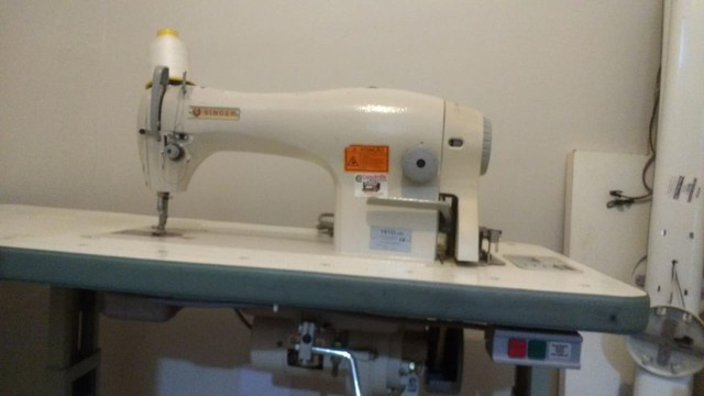 Máquina de costura reta industrial , nunca foi usada. - Foto 3