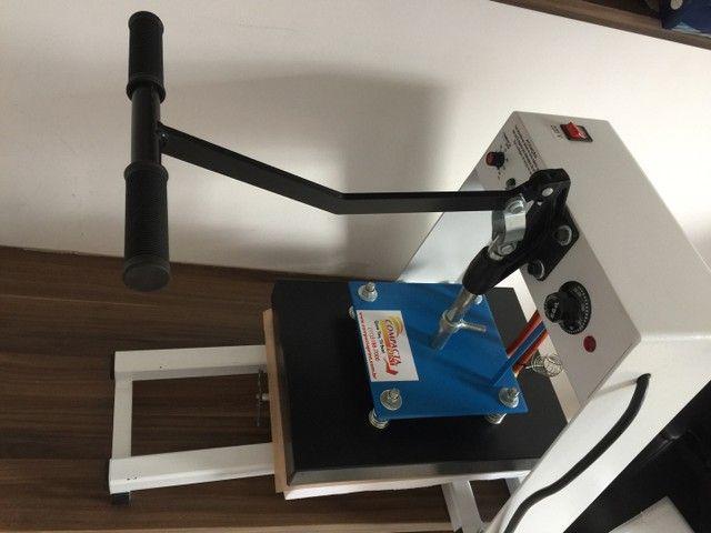 Máquina de estampa e impressora
