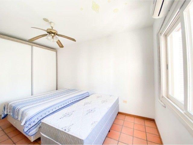 Lindo Apartamento Mobiliado junto as 4 Praças em Torres, 400mts do Mar. - Foto 7