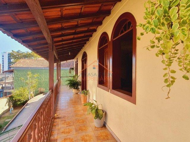 Excelente casa com piscina no bairro Santa Cruz com aproximadamente 10 vagas de garagem. - Foto 4