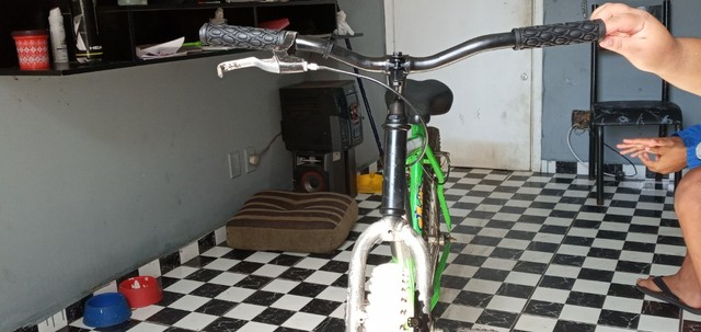 Vendo bicicleta aro26 - Foto 2