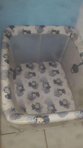 Cadeirinha de come e sercadinho de bebe