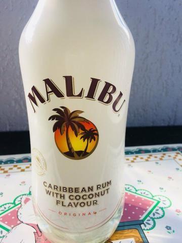 Licor importado Malibu original lacrado só 70,00
