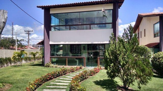 Casa com 5 suítes em condomínio Ref.C600
