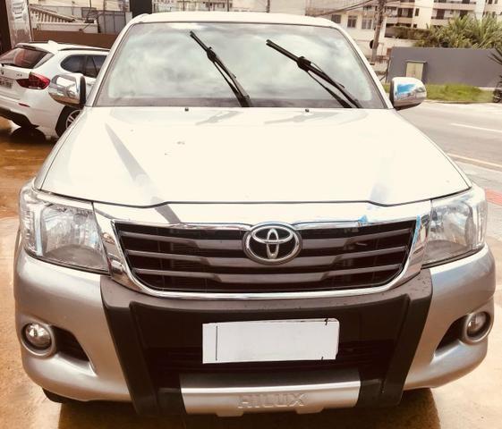 Toyota Hilux 2.7 Flex SRV Cabine dupla Automática-Otimo Estado