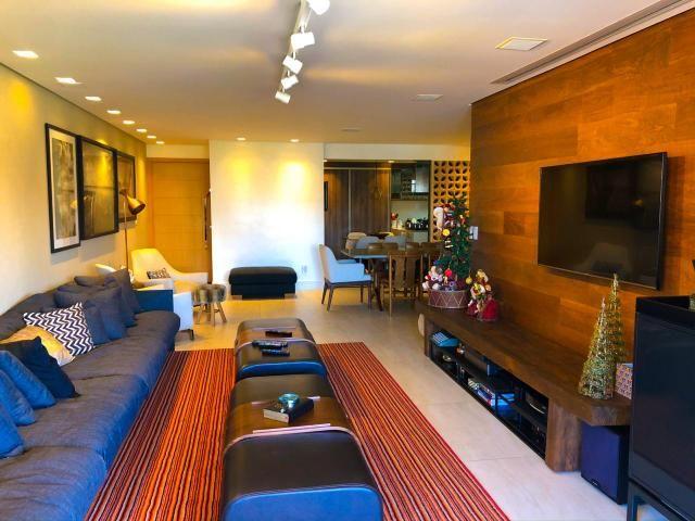 Lindo Apartamento na Ponta Verde com 180m em 3 suítes e 3 vagas - Foto 3