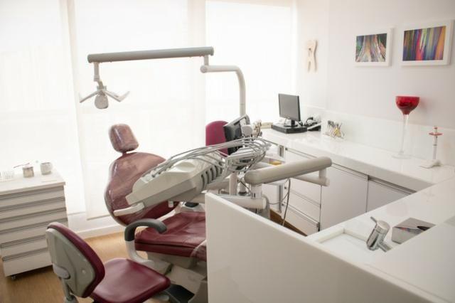 Consultório odontológico em sala comercial