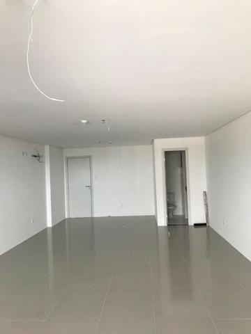 Sala Comercial 45m² com piso e teto prontos - 203 Offices - Farol - Foto 6