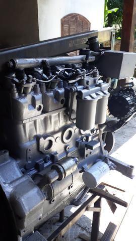 Motor mwm maritimo 229 com reversor hidráulico 2x1.zerado - Foto 3