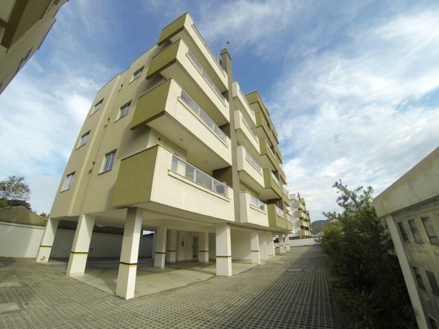 Apartamento 02 Dormitórios mobiliado na Praia de Bombas em Bombinhas