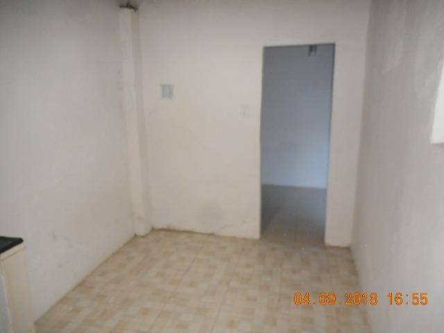 Casa na travessa iguaçu bairro 18 do forte - Foto 11
