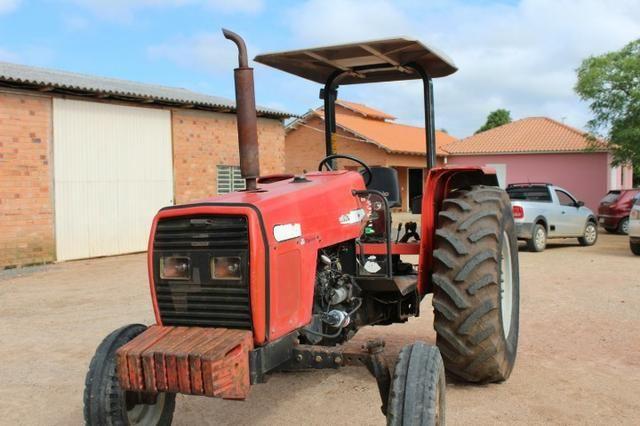 Trator 275 ano 2002