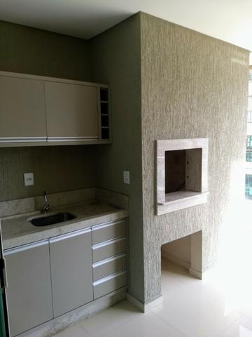 AP2159 Ótimo apartamento,03 suítes,mobiliado,localizado em Meia Praia - Foto 9