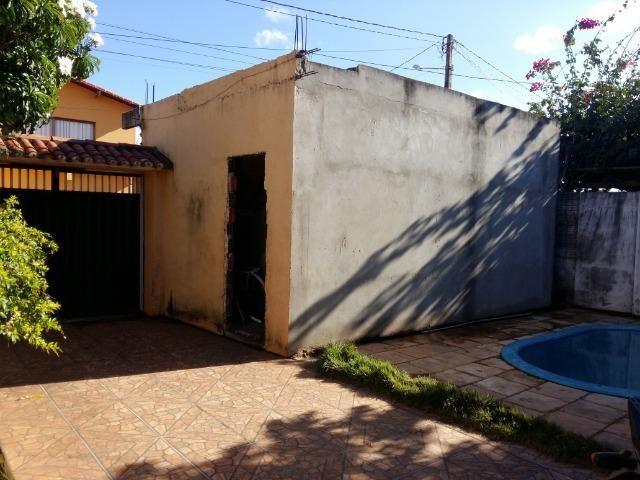 Ótima Casa com piscina e Ponto Comercial - Foto 11